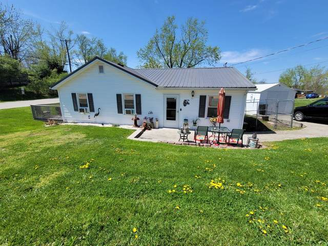 101 White Hall Avenue, Richmond, KY 40475 (MLS #20106432) :: Better Homes and Garden Cypress
