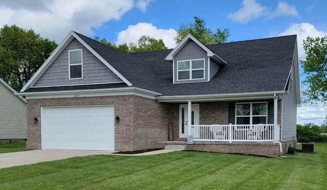 1029 Lanas Lane, Lawrenceburg, KY 40342 (MLS #20108241) :: Better Homes and Garden Cypress