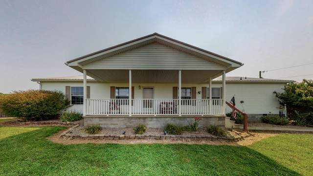 895 Three Mile Road, Flemingsburg, KY 41041 (MLS #20114565) :: Robin Jones Group