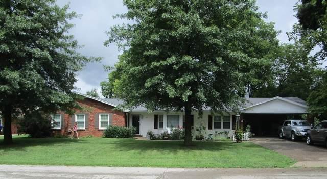 716 Bluegrass Avenue, Frankfort, KY 40601 (MLS #20118398) :: Nick Ratliff Realty Team