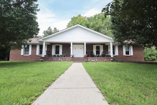 168 Shawnee Drive, Paint Lick, KY 40461 (MLS #20118402) :: Better Homes and Garden Cypress