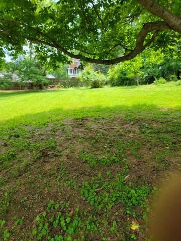 9 Dogwood Lane, Frankfort, KY 40601 (MLS #20118604) :: Better Homes and Garden Cypress