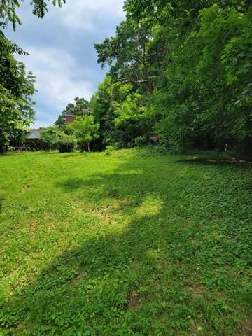 13 Dogwood Lane, Frankfort, KY 40601 (MLS #20118605) :: Better Homes and Garden Cypress