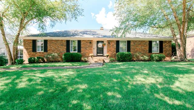 904 Craig Avenue, Shelbyville, KY 40065 (MLS #20119202) :: Better Homes and Garden Cypress