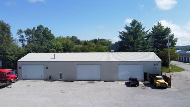 156 Surrey Hill Road, Monticello, KY 42633 (MLS #20120541) :: Nick Ratliff Realty Team