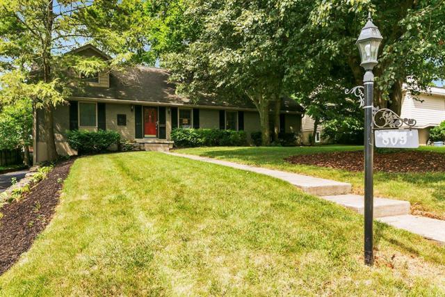 809 Hildeen Drive, Lexington, KY 40502 (MLS #1916895) :: Nick Ratliff Realty Team