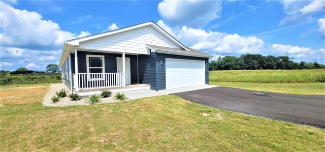 2 Vilage Drive, Russell Springs, KY 42642 (MLS #20110590) :: Vanessa Vale Team