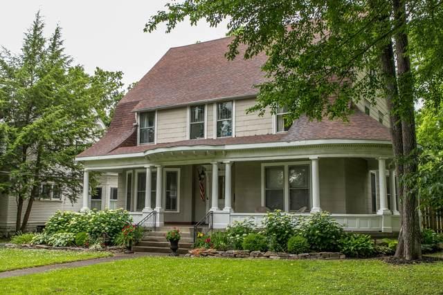 111 E Lexington Avenue, Danville, KY 40422 (MLS #20112062) :: Vanessa Vale Team