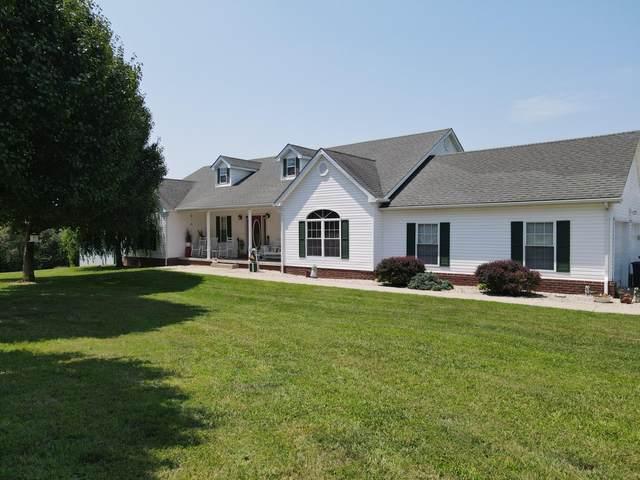 40 Walnut Street, Brodhead, KY 40409 (MLS #20114462) :: Better Homes and Garden Cypress