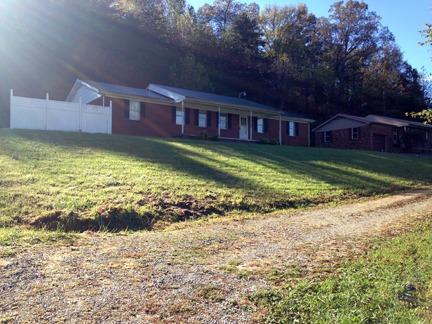 1230 Kentucky 1304, Bimble, KY 40915 (MLS #1725021) :: Nick Ratliff Realty Team