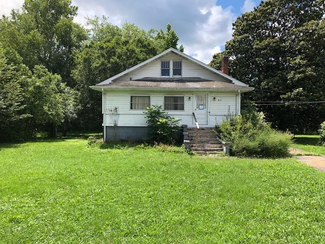 815 Exeter Avenue, Middlesboro, KY 40965 (MLS #1818429) :: Nick Ratliff Realty Team