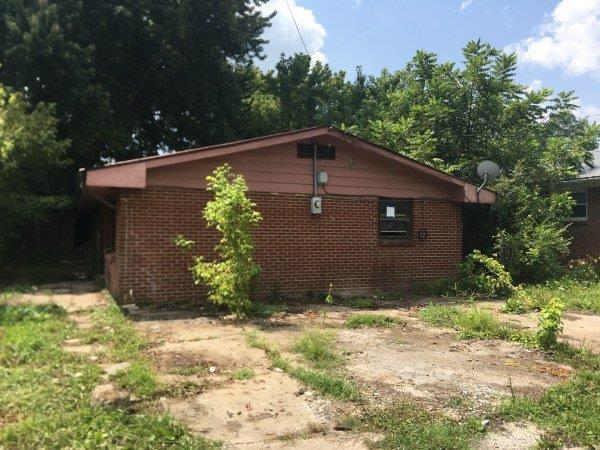 709 W Chester Avenue, Middlesboro, KY 40965 (MLS #1818878) :: Nick Ratliff Realty Team