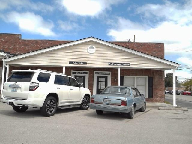 121 Malabu, Lexington, KY 40503 (MLS #1901295) :: Sarahsold Inc.