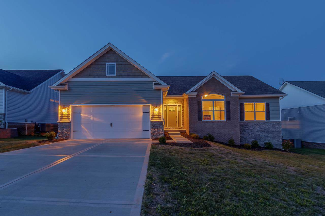 104 Whispering Pines Drive - Photo 1