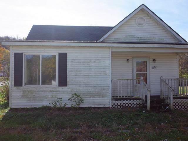 1698 Maple Parkway, Maysville, KY 41056 (MLS #1926088) :: Nick Ratliff Realty Team