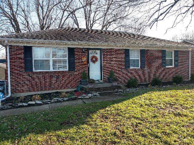 212 Williamsburg Drive, Nicholasville, KY 40356 (MLS #1927339) :: The Lane Team