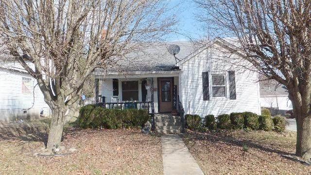 505 College Street, Winchester, KY 40391 (MLS #20003750) :: Nick Ratliff Realty Team