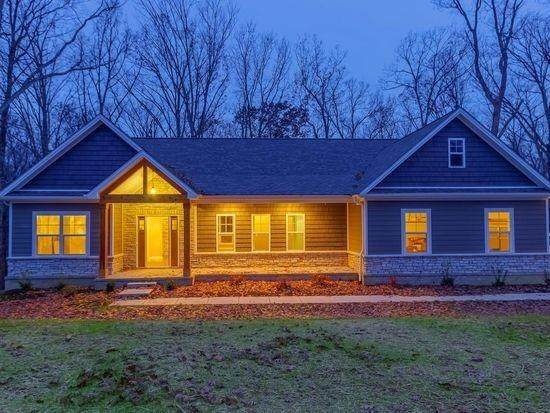 119 Whispering Pines Drive, Frankfort, KY 40601 (MLS #20014418) :: The Lane Team