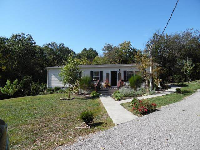 175 Sellers Mill Road, Versailles, KY 40383 (MLS #20021577) :: Better Homes and Garden Cypress