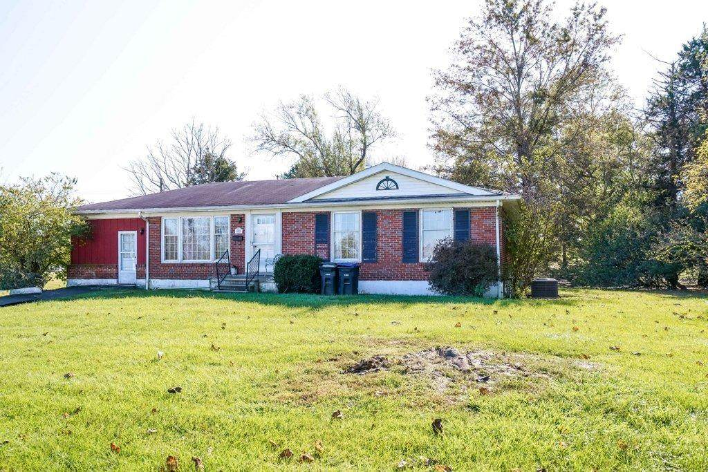 1011 Holly Hill Drive - Photo 1