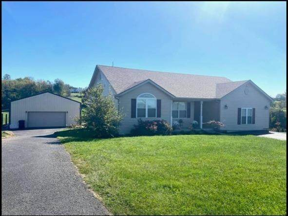 1613 State Highway 3248, Stanford, KY 40484 (MLS #20023302) :: Shelley Paterson Homes | Keller Williams Bluegrass