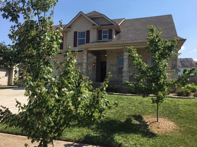 721 Flint Ridge, Versailles, KY 40383 (MLS #20024397) :: Better Homes and Garden Cypress