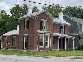 302 Pleasant Street - Photo 1