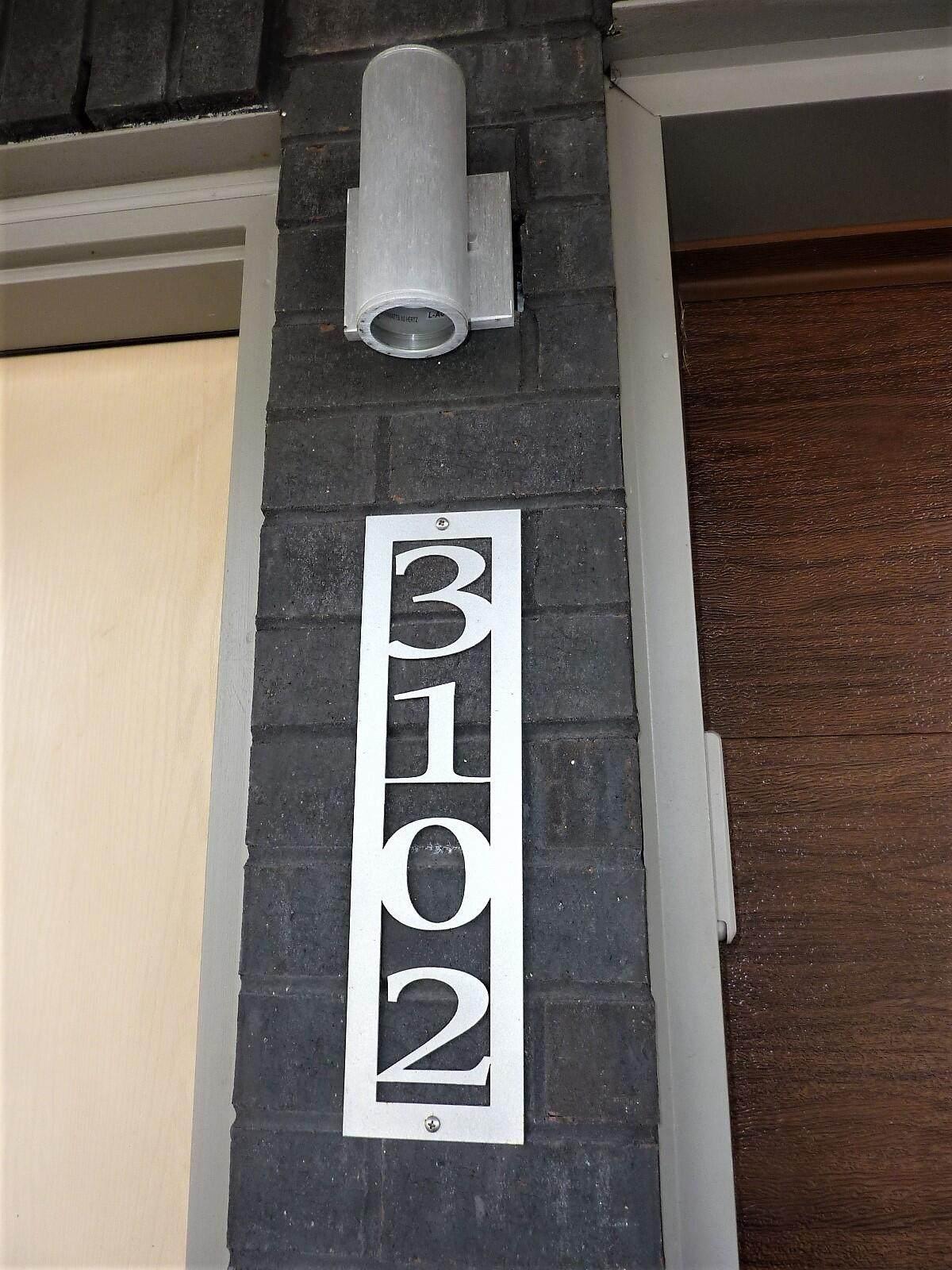 https://bt-photos.global.ssl.fastly.net/lexington/orig_boomver_1_20111228-2.jpg