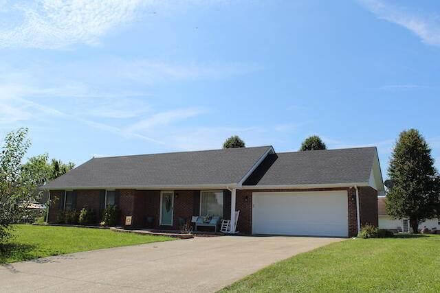 1302 Jims Drive, Somerset, KY 42503 (MLS #20119119) :: Better Homes and Garden Cypress