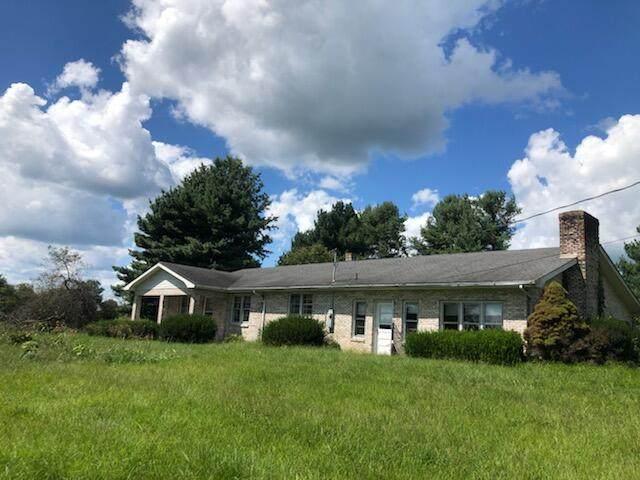 425 Kiddville Road, Mt Sterling, KY 40353 (MLS #20119672) :: Vanessa Vale Team