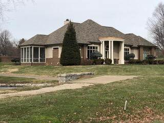 2400 Walnut Grove Lane, Lexington, KY 40509 (MLS #20120231) :: Nick Ratliff Realty Team