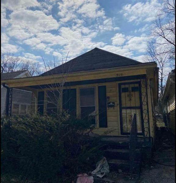 313 E Second Street, Frankfort, KY 40601 (MLS #20120677) :: Better Homes and Garden Cypress