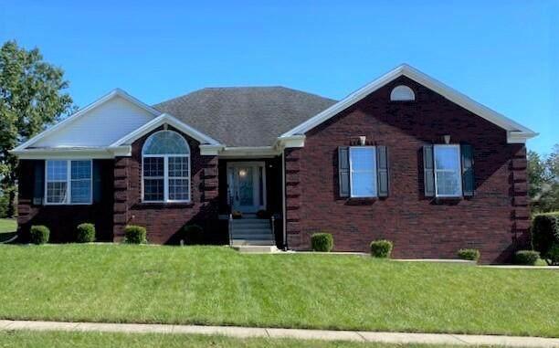 109 Waterford Circle, Frankfort, KY 40601 (MLS #20122614) :: Better Homes and Garden Cypress