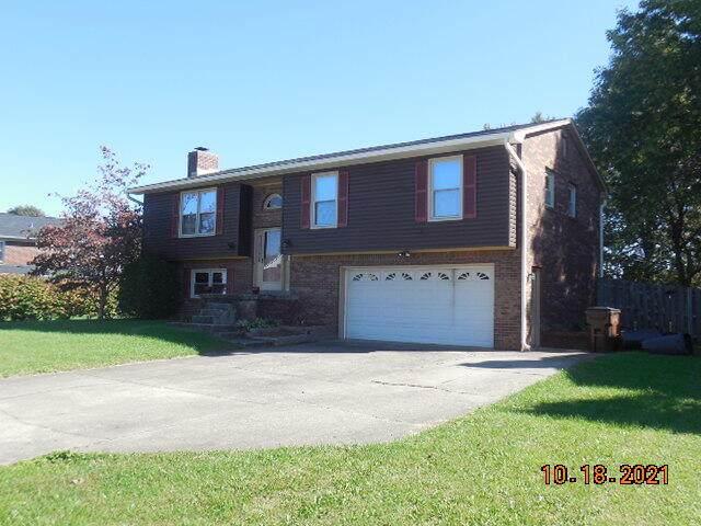 211 Falcon, Versailles, KY 40383 (MLS #20123135) :: The Lane Team
