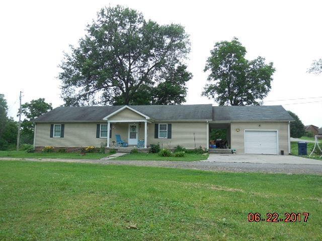 1024 Highview Drive, Lawrenceburg, KY 40342 (MLS #1622590) :: Sarahsold Inc.