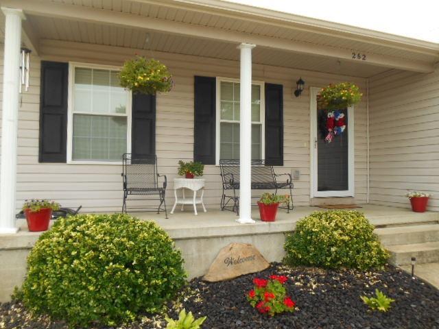 262 Hunter Ridge Drive, Lawrenceburg, KY 40342 (MLS #1816103) :: Nick Ratliff Realty Team