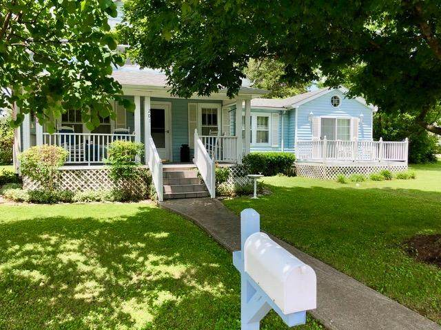 201 Glades Street, Berea, KY 40403 (MLS #20012498) :: Shelley Paterson Homes | Keller Williams Bluegrass