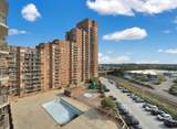 830 Harmon Cove Tower - Photo 1