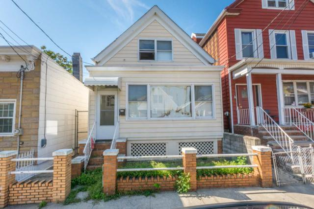 19 Manhattan Ave, Jc, Heights, NJ 07307 (MLS #170016351) :: The Trompeter Group