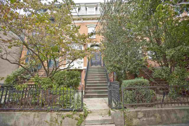 314 1/2 Pavonia Ave, Jc, Downtown, NJ 07302 (MLS #170016366) :: The Trompeter Group