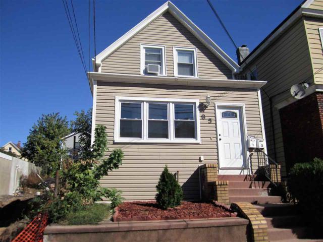 85 West 43Rd St, Bayonne, NJ 07002 (MLS #170018043) :: Marie Gomer Group