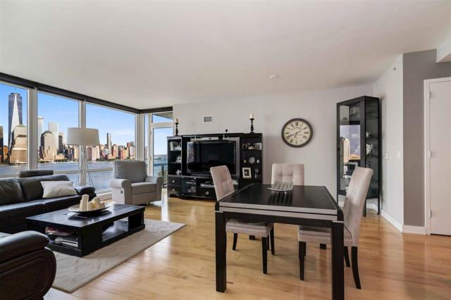 2 2ND ST #1503, Jc, Downtown, NJ 07302 (MLS #170019653) :: The Trompeter Group