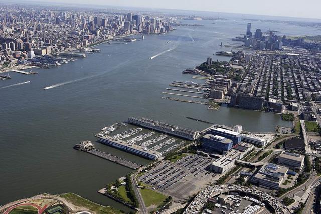 600 Harbor Blvd #674, Weehawken, NJ 07086 (MLS #180003304) :: Marie Gomer Group