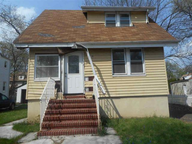 147 Oak St, Teaneck, NJ 07666 (MLS #180009514) :: The Trompeter Group