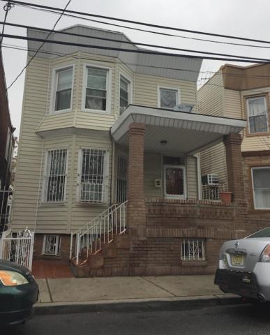 534 36TH ST, Union City, NJ 07087 (MLS #180015594) :: The Dekanski Home Selling Team
