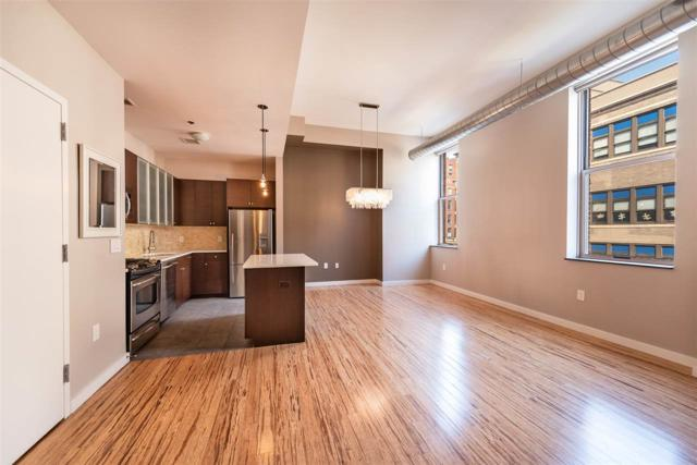 232 Pavonia Ave #409, Jc, Downtown, NJ 07302 (MLS #180017820) :: The Trompeter Group