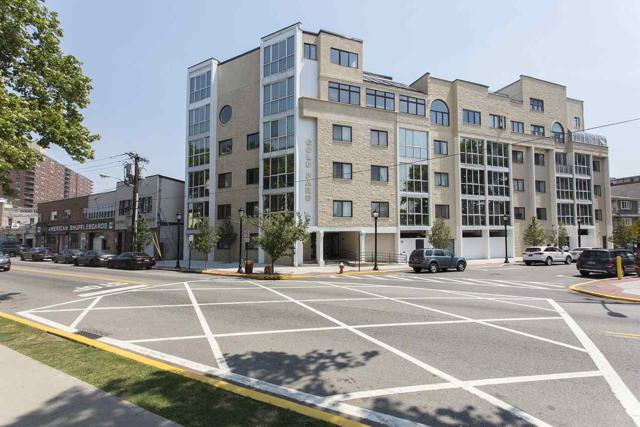 200 Paterson Plank Rd #306, Union City, NJ 07087 (MLS #180018233) :: The Sikora Group