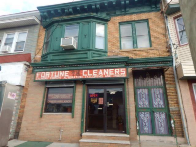 120 Kennedy Blvd, Bayonne, NJ 07002 (MLS #190005114) :: The Trompeter Group