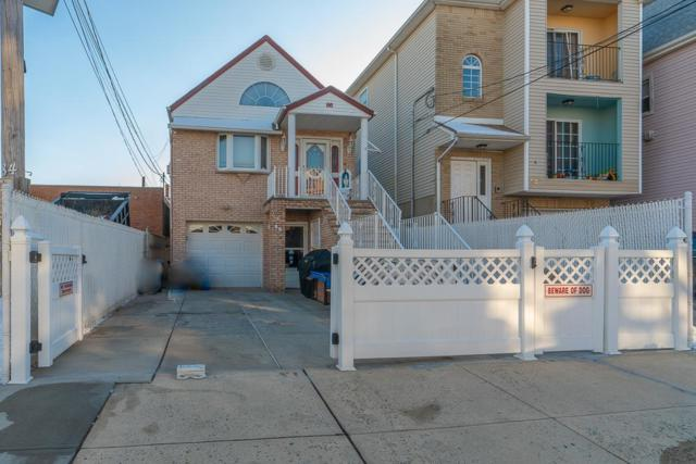 86 West 21St St, Bayonne, NJ 07002 (MLS #190005372) :: The Trompeter Group
