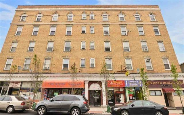 1614 Summit Ave #12, Union City, NJ 07087 (MLS #190008016) :: The Dekanski Home Selling Team